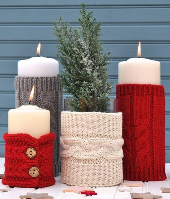 Weihnachsdeko 3 Must-Haves individuelle Gestaltung vier Kerzen mit gestrickten Hüllen