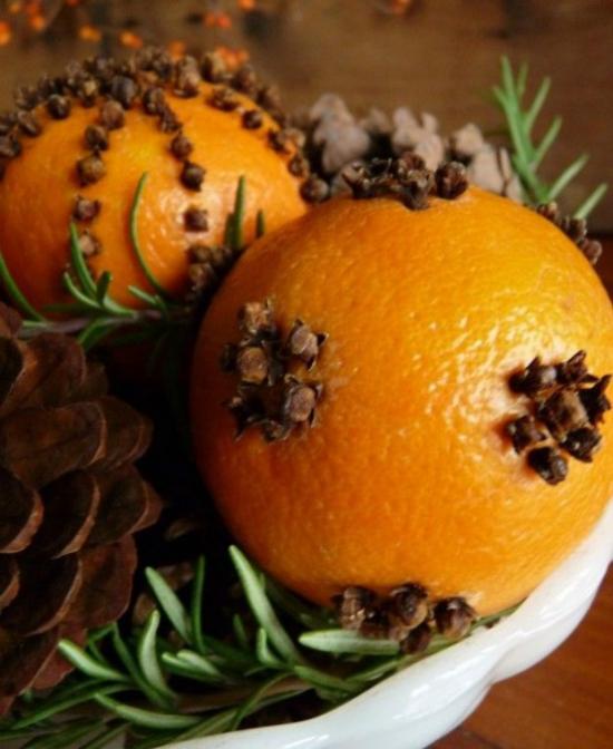 Weihnachsdeko Must-Haves weihnachtliche Aromen Orangenduft Gewürznelken