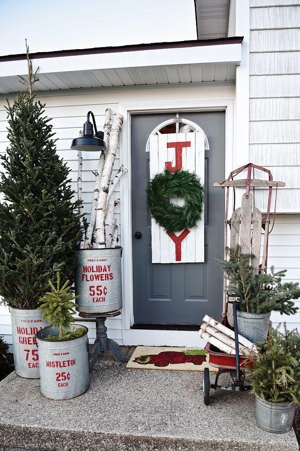 Weihnachtsdeko vor der Haustür – Ideen und Tipps für mehr festliche Stimmung joy deko natürliche ideen