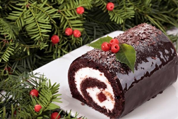 Weihnachtsmenü Ideen Dessert Weihnachtsfeier veranstalten