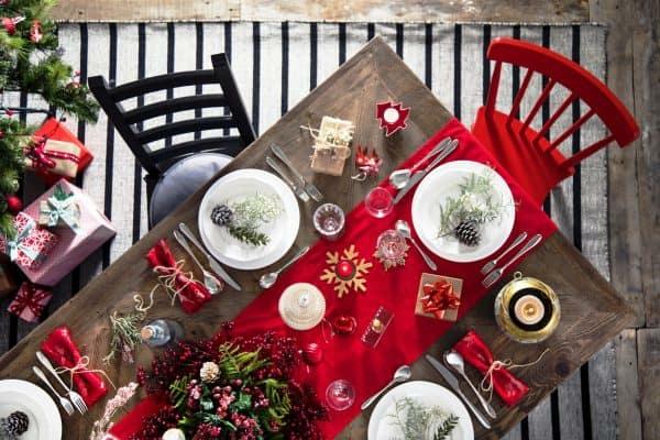 Weihnachtsmenü Ideen und Tipps Weihnachtsfeier Essen servieren