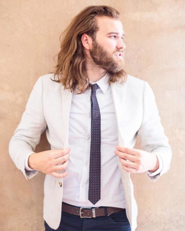 Wikinger Frisuren für Damen und Herren, inspiriert von der nordischen Kultur büro frisur wiking alltag