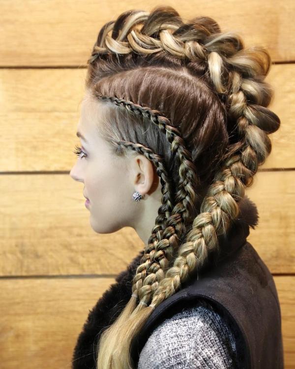 Wikinger Frisuren für Damen und Herren, inspiriert von der nordischen Kultur damen frisur mohawk zöpfe