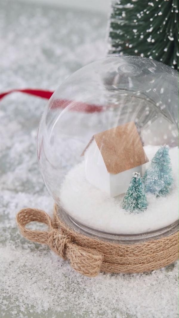 Winterlandschaft basteln – weihnachtliche Ideen, fantastisch einfache Anleitungen und Tipps schneekugel diy einmachglas