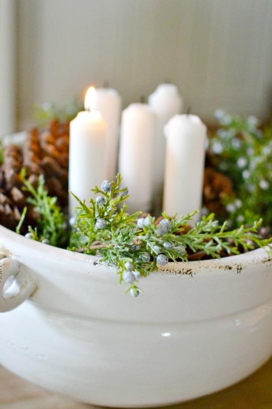 adventskranz basteln tonschüssel kiefer weiße kerzen