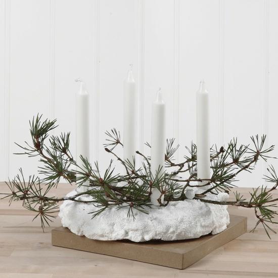 adventskranz basteln weiße kerzen tannengrün