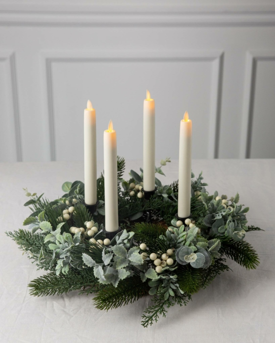 eleganten adventskranz basteln tannengrün led kerzen