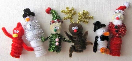 günstige weihnachtsdeko basteln aus pfeifenputzer