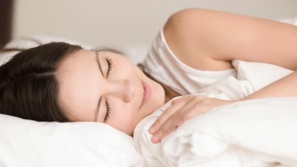 gesunder schlaf im zirbenbett
