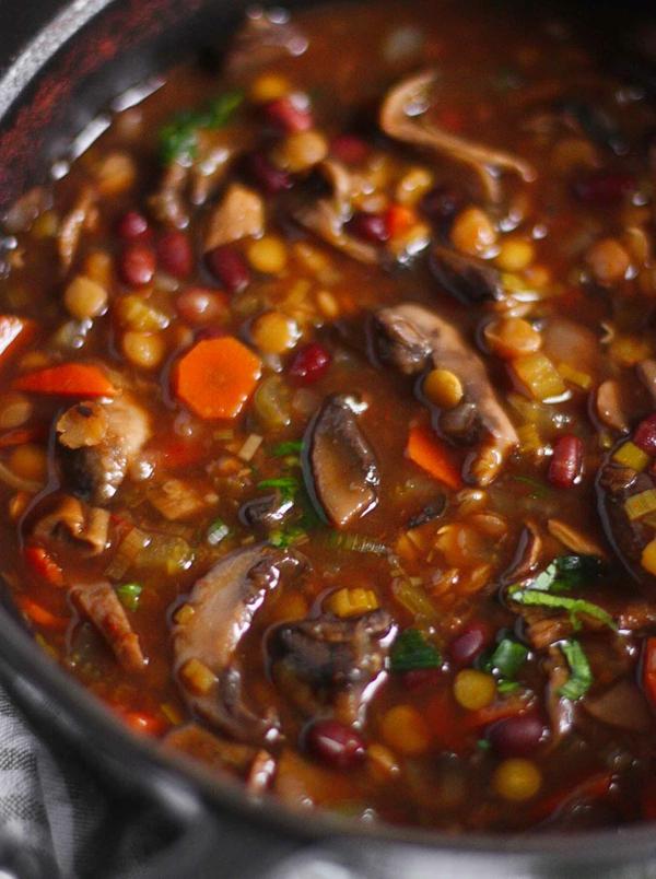 pilzsuppe mit adzukibohnen