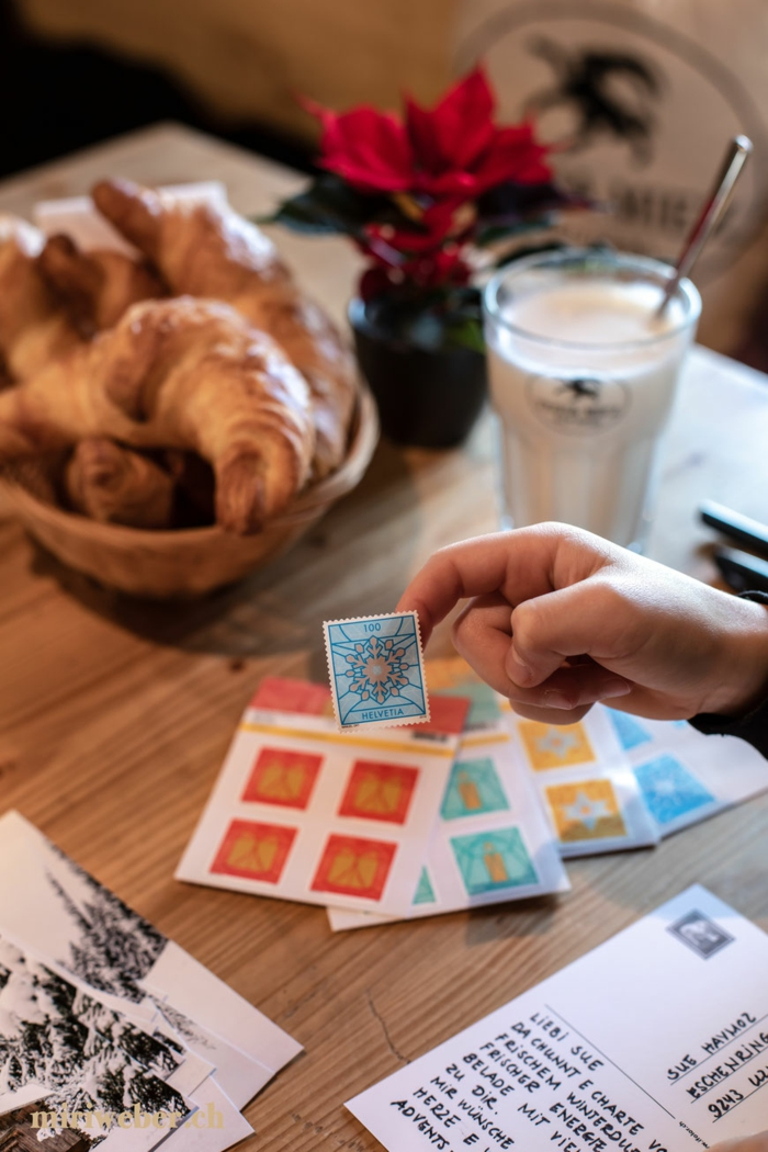 weihnachtskarte schreiben lustige Weihnachtssprüche briefmarken