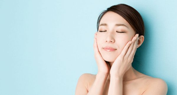 Anti Falten Creme - effektive Massage