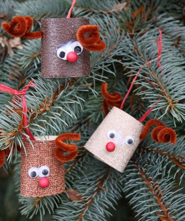 Basteln mit Toilettenpapierrollen zu Weihnachten – kreative Upcycling Ideen und Anleitung christbaum ornamente rentiere niedlich