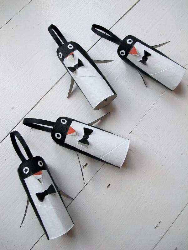 Basteln mit Toilettenpapierrollen zu Weihnachten – kreative Upcycling Ideen und Anleitung penguine niedlich klein