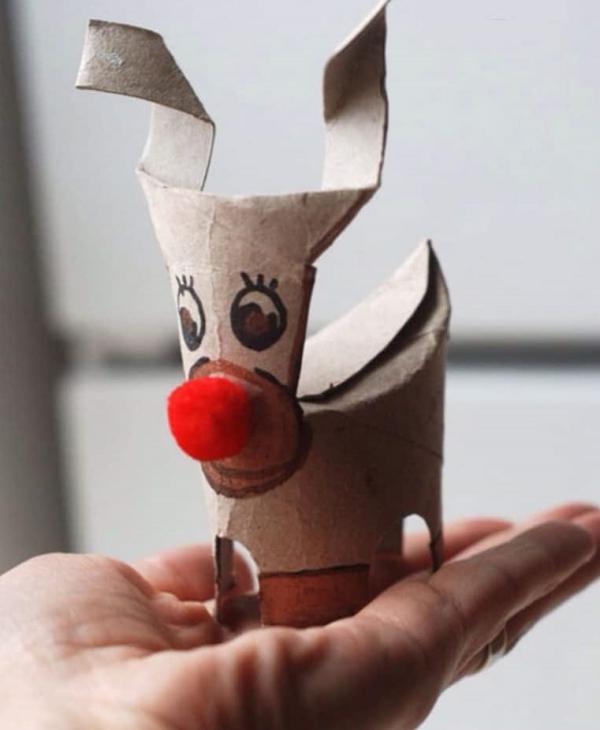 Basteln mit Toilettenpapierrollen zu Weihnachten – kreative Upcycling Ideen und Anleitung rentier rudolf basteln klorolle