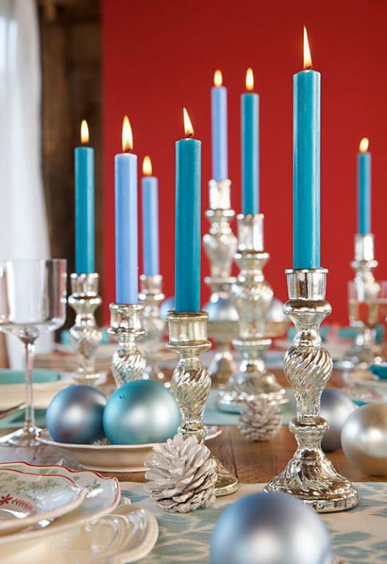 Blau und Silber Weihnachten und Silvester feiern stilvolle Tischdeko passt perfekt zu den Winterfesten