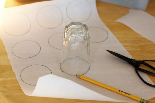 Elisenlebkuchen Rezept Backpapier vorbereiten Nürnberger Elisenlebkuchen backen