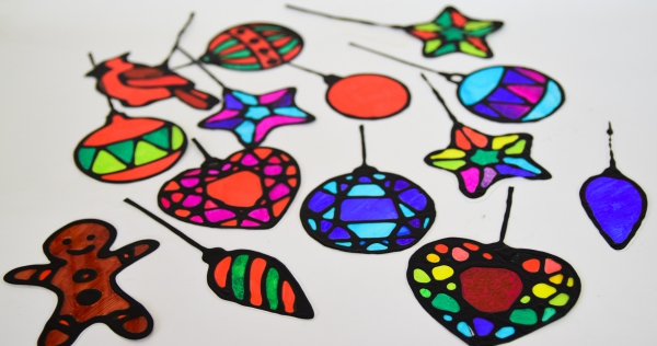 Fensterbilder basteln zu Weihnachten – zauberhafte Ideen und Anleitungen buntglas ideen kinder ornamente