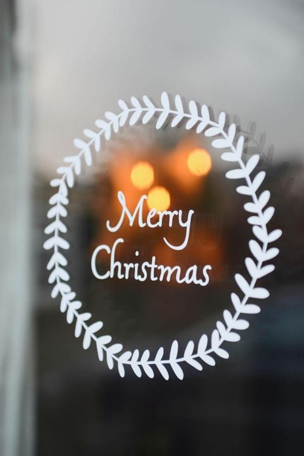 Fensterbilder basteln zu Weihnachten – zauberhafte Ideen und Anleitungen direkt auf fenster schreiben