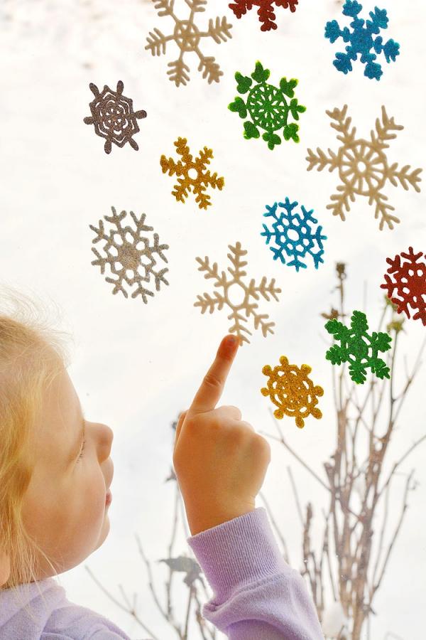 Fensterbilder basteln zu Weihnachten – zauberhafte Ideen und Anleitungen kinder basteln diy anleitung