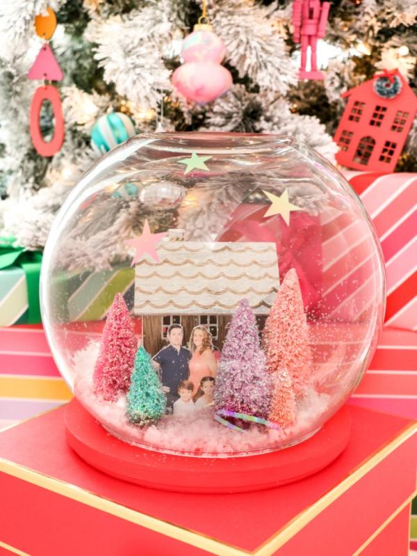 Fotogeschenke basteln zu Weihnachten – kreative Ideen und Anleitung familien geschenke schneekugel diy ideen
