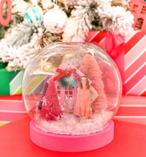 Fotogeschenke basteln zu Weihnachten – kreative Ideen und Anleitung rosa winterlandschaft familien fotos