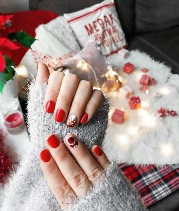 Gelnägel zu Weihnachten – hübsche Ideen und aktuelle Farbtrends rote nägel designs