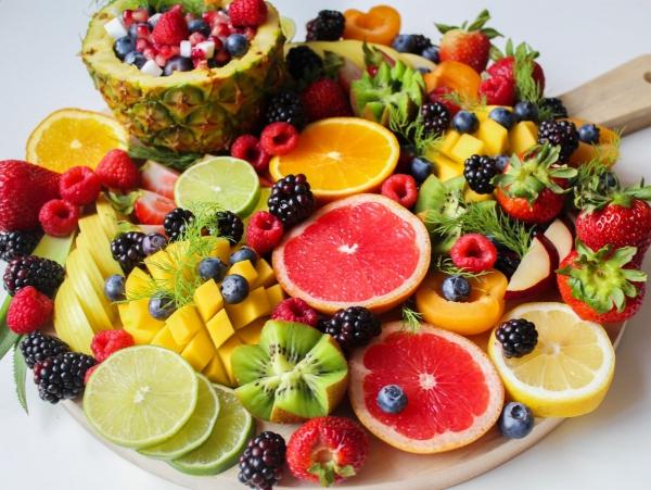 Gesündestes Obst Top 5 der nahrhaftesten Sorten obstsalat bunt gesund
