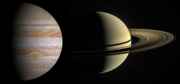 Η σύνδεση του Δία και του Κρόνου και οι δύο πλανήτες είναι πολύ κοντά μοιάζει με διπλό πλανήτη