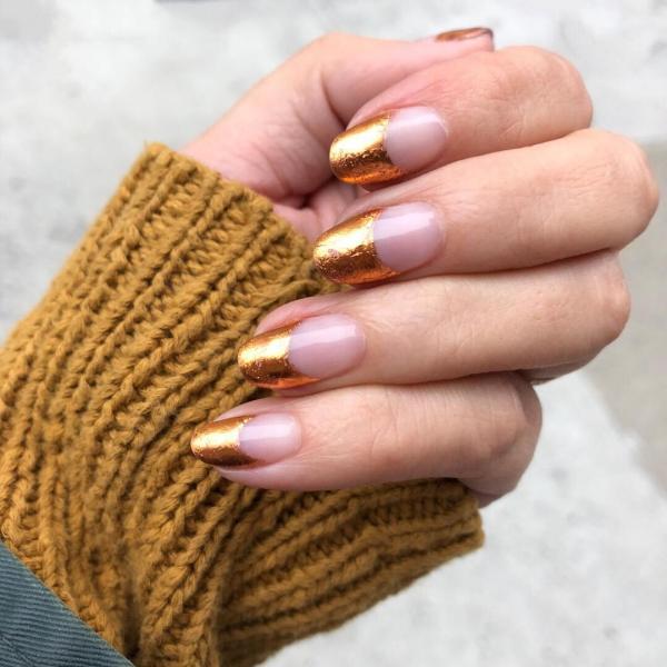 Silvester Nägel – Ideen und Anleitungen für eine glanzvolle Maniküre french nägel gold spitzen