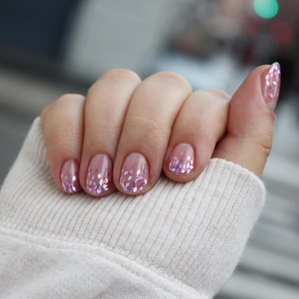 Silvester Nägel – Ideen und Anleitungen für eine glanzvolle Maniküre rosa nägel glitter ideen