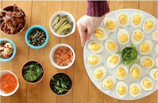 Weihnachtliche Vorspeise zubereiten 10 einfache festliche Fingerfood Ideen