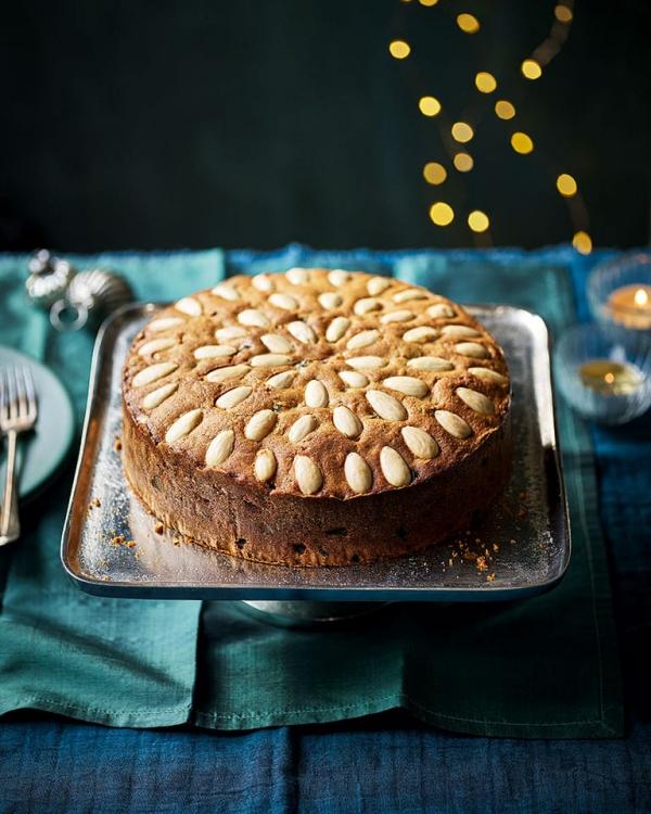 Weihnachtlicher Kuchen aus Schottland – Dundee Kuchen traditionell zubereiten dundee früchte kuchen