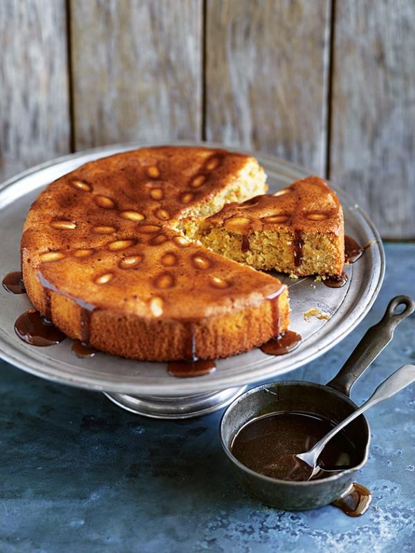 Weihnachtlicher Kuchen aus Schottland – Dundee Kuchen traditionell zubereiten mandeln kuchen teekuchen soße
