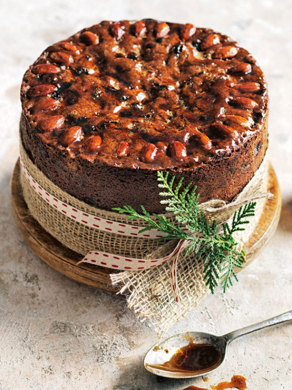 Weihnachtlicher Kuchen aus Schottland – Dundee Kuchen traditionell zubereiten weihnachten kuchen mandeln soße