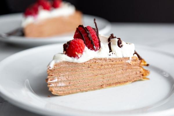 Weihnachtliches Dessert – Weihnachtsbaumstamm und andere köstliche Rezeptideen zum Genießen kreppkuchen lecker sahne