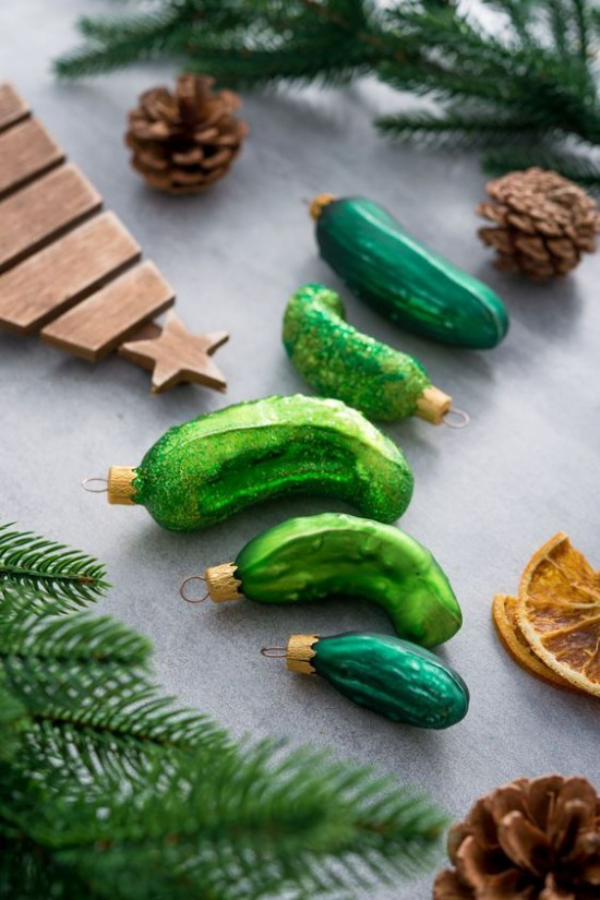 Weihnachtsgurke Weihnachtsschmuck aus Glas in Gurkenform deko ideen