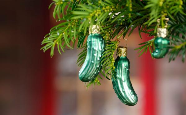 Weihnachtsgurke Weihnachtsschmuck aus Glas in Gurkenform