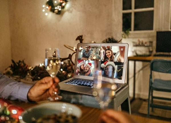 Witzige und praktische Online Schrottwichteln Ideen und Tipps online party spiele