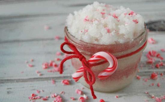 diy weihnachtsgeschenke zuckerpeeling mit zuckerstangen
