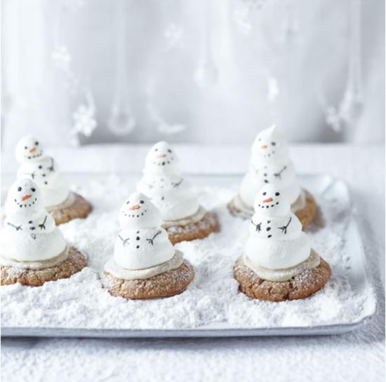 meringe schneemann basteln mit cookies