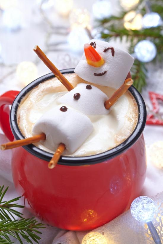 schneemann basteln mit marshmallows