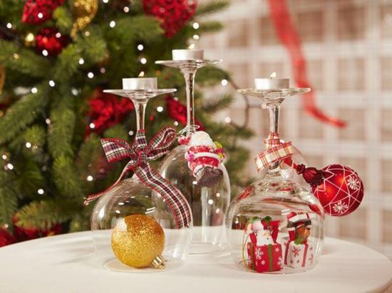 tischdeko weihnachten weingläser kerzenständer
