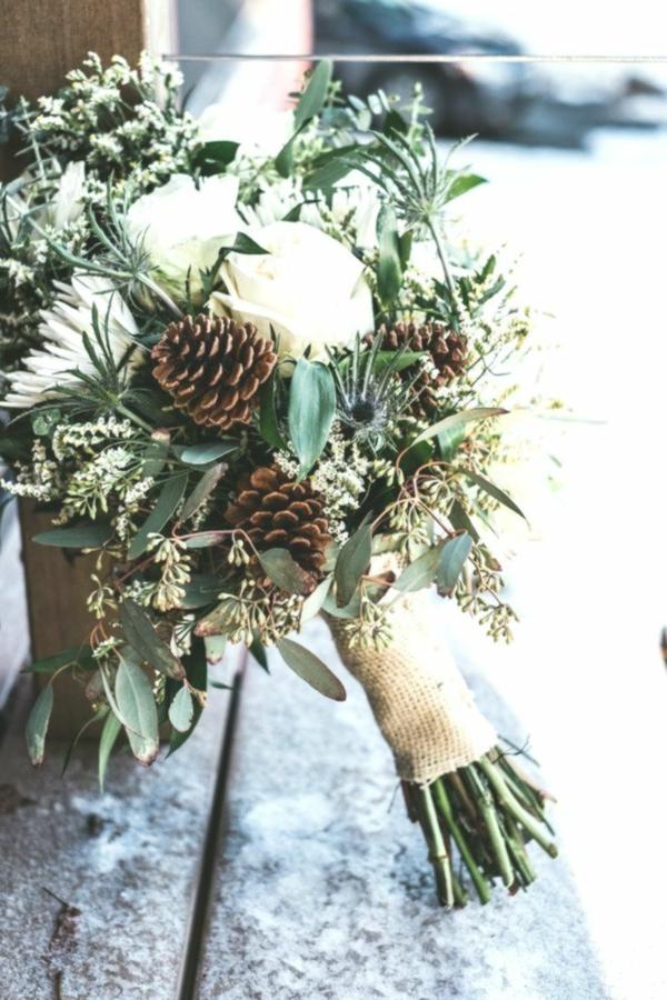 weihnachtsgeschenk blumensträuße kiefer eukalyptus