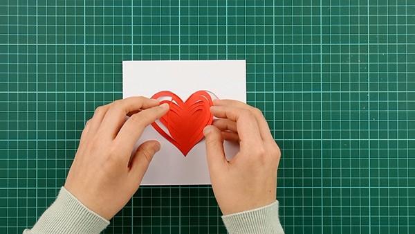 3D Klappkarte basteln zu Valentinstag – coole Ideen und Anleitungen anleitung karte einfach
