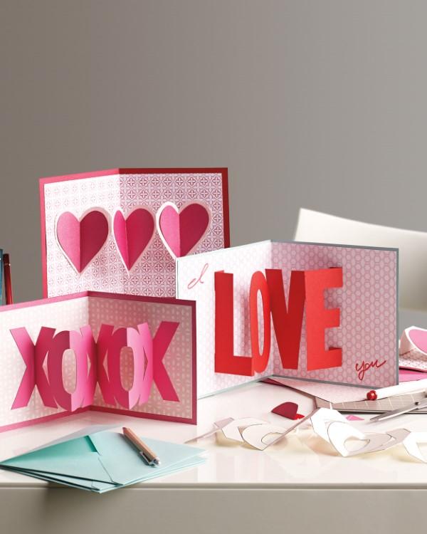 3D Klappkarte basteln zu Valentinstag – coole Ideen und Anleitungen liebe grüße karten kreativ