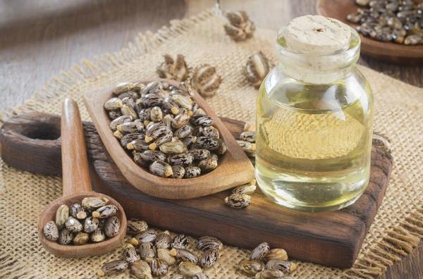 7 Vorteile von Rizinusöl für Haut und Haare