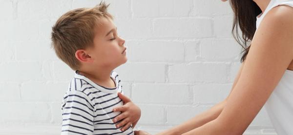 Achtsamkeitsübungen für Kinder Herzschlag hören