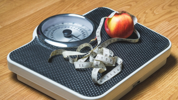 Apfelessig Diät – Wie gesund ist sie wirklich Alle Infos zum Essig Foodtrend gesund abnehmen schön und fit werden