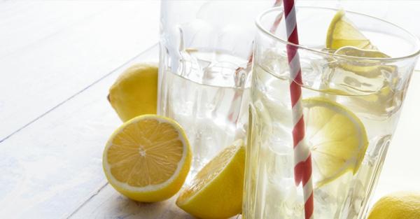 Basische Ernährung Rezepte Zitronenwasser Basenfasten alkalische Lebensmittel